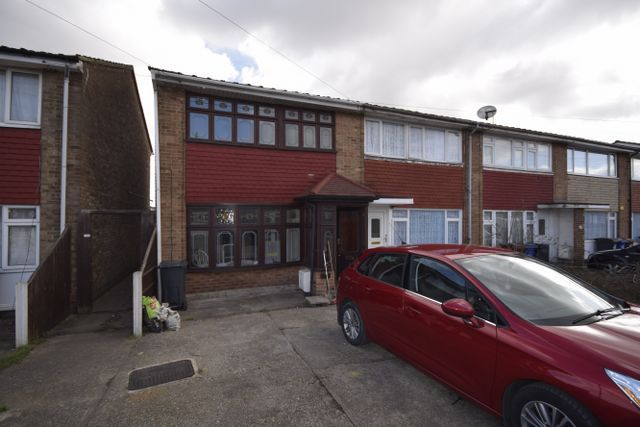 Thumbnail End terrace house to rent in Portsea Road, Tilbury