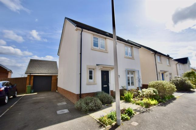 Thumbnail Detached house for sale in Bryn Celyn, Pontyclun