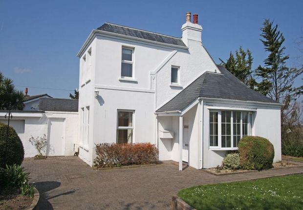 3 bed detached house for sale in Hartlebury House, Steam Mill Lanes, St Martin's