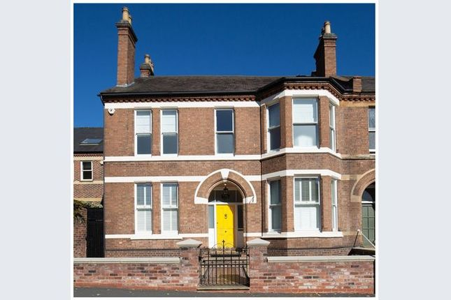 Thumbnail Semi-detached house for sale in Warwick Place, Leamington Spa