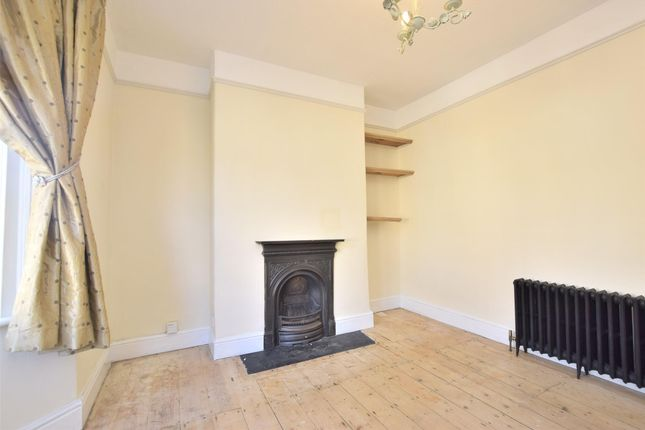 Thumbnail End terrace house to rent in Park Avenue, Bath, Somerset