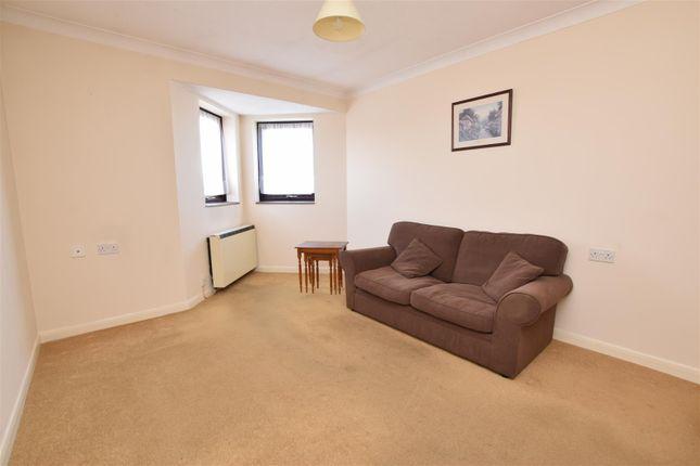 Lounge of Ashton Court, High Road, Chadwell Heath, Romford RM6