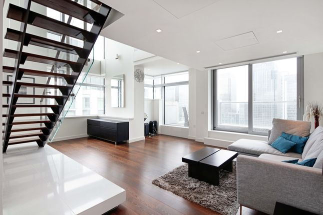 Thumbnail Flat to rent in Pan Peninsula Tower, London