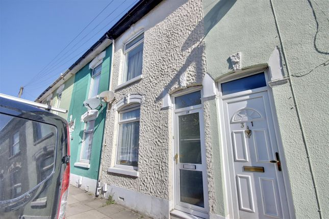 2 bed terraced house to rent in Washington Road, Portsmouth PO2