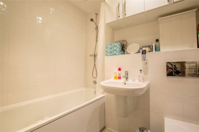Bathroom of Park Road, Crouch End, London N8
