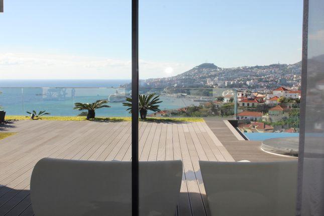 Thumbnail Villa for sale in Lazareto, São Gonçalo, Funchal, Madeira Islands, Portugal