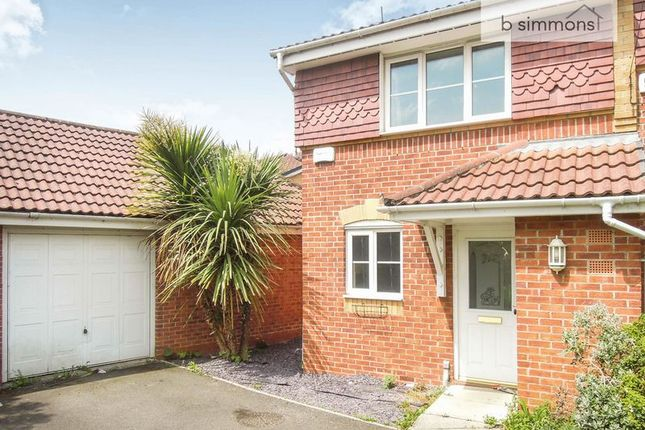 Thumbnail Terraced house to rent in Bessemer Close, Langley, Slough