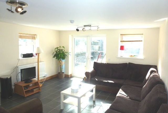 Thumbnail Shared accommodation to rent in Wyeverne Road, Cathays