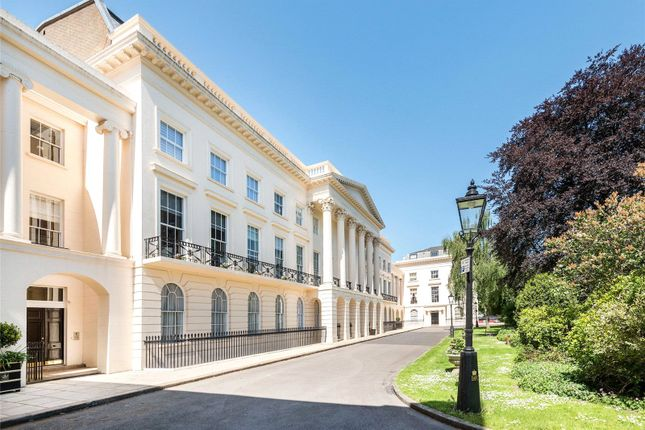Flat to rent in Clarence Terrace, Regent's Park, London