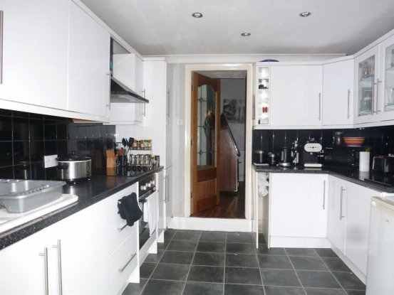 3 bed terraced house for sale in Dorset Street, Hull, North Humberside