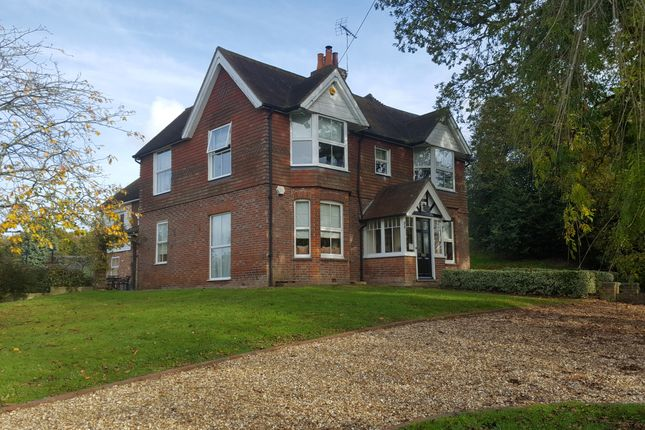 Thumbnail Detached house to rent in Brook Street, Woodchurch, Ashford
