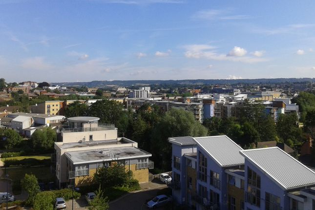 Flat for sale in Arundel Square, Maidstone