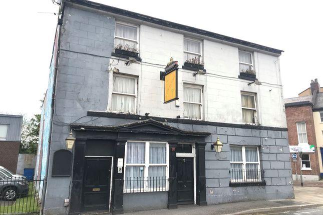 Thumbnail Pub/bar for sale in 6 Mincing Lane, Blackburn, Lancashire