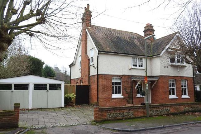 Thumbnail Detached house for sale in Linden Gardens, Leatherhead