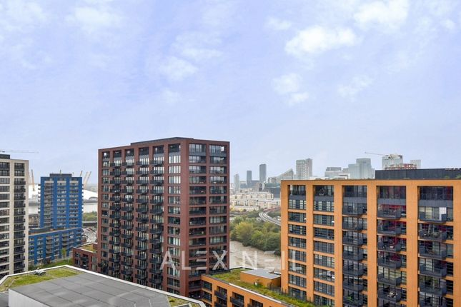 2 bed flat for sale in Lookout Lane, London E14