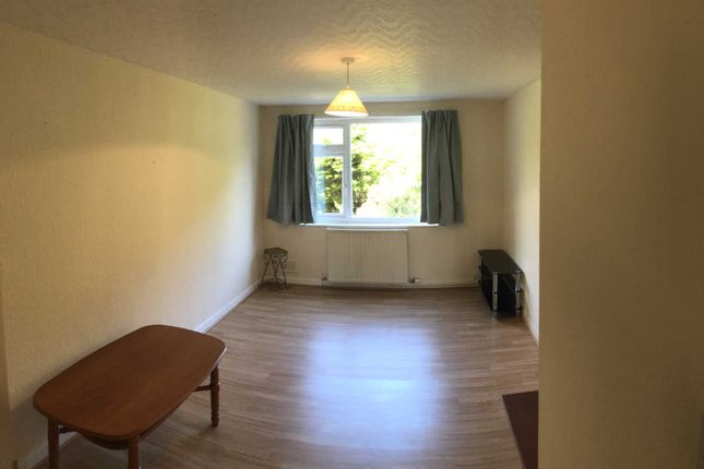 1 bed flat to rent in Wilbraham Road, Manchester M16