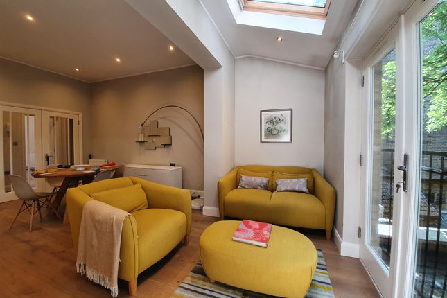 Thumbnail Flat to rent in 102 North End Road, London