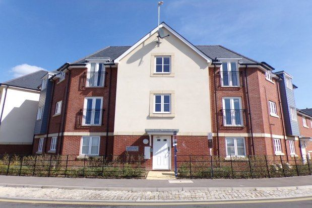 Thumbnail Flat to rent in Cutforth Way, Romsey