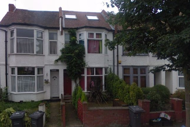 Thumbnail Terraced house to rent in Albert Road, Hendon