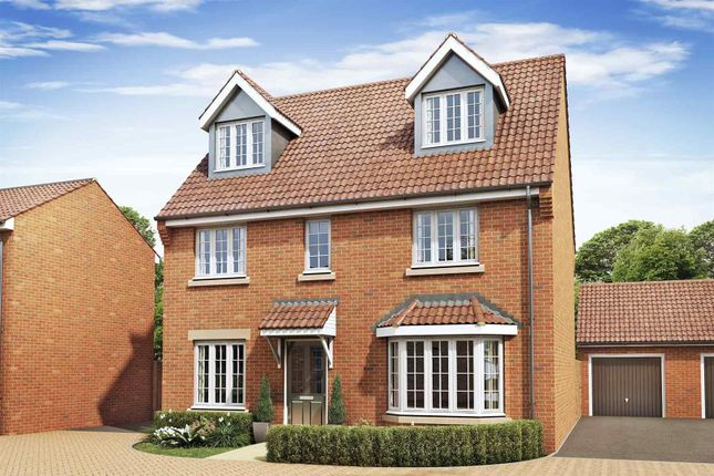 Thumbnail Detached house for sale in Chelveston Road, Raunds, Wellingborough