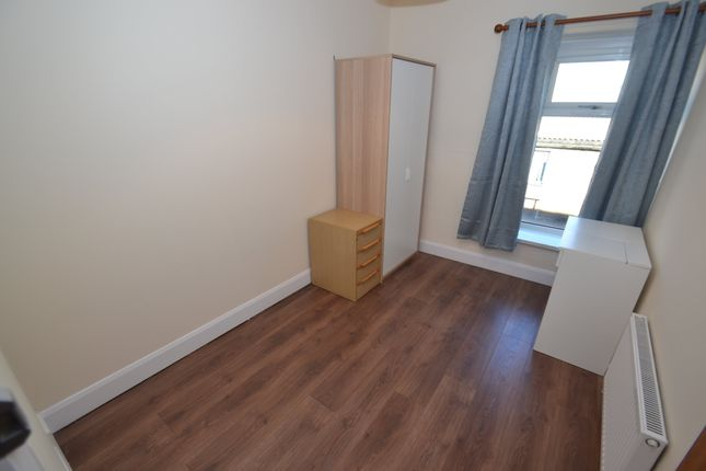 Thumbnail Room to rent in Collins Terrace, Treforest, Pontypridd