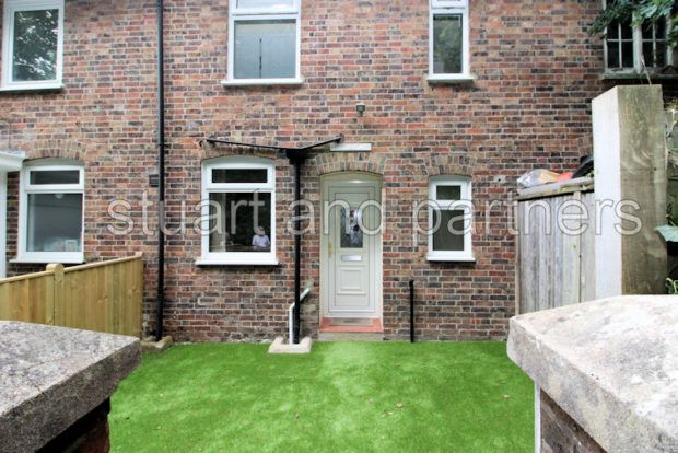 Thumbnail Cottage to rent in London Road, Bolney, Haywards Heath