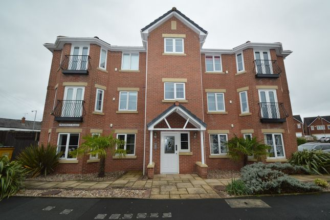 Flat for sale in Prospect Place, Bury