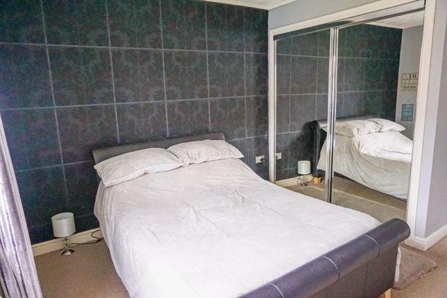 Bedroom of Mansefield Crescent, Strathaven ML10