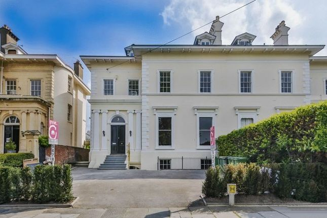 1 bed flat to rent in Douro Road, Cheltenham GL50