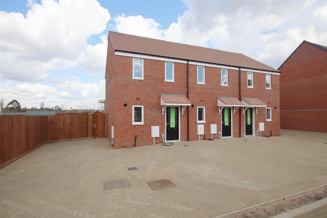 Thumbnail End terrace house to rent in Otter Way, Little Clacton, Clacton-On-Sea