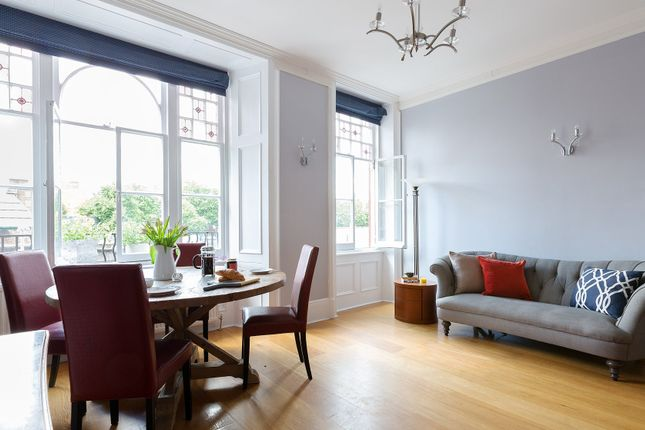 Serviced flat to rent in Chapel Street, London NW1