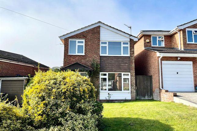 3 bed semi-detached house to rent in Rushden Way, Farnham GU9