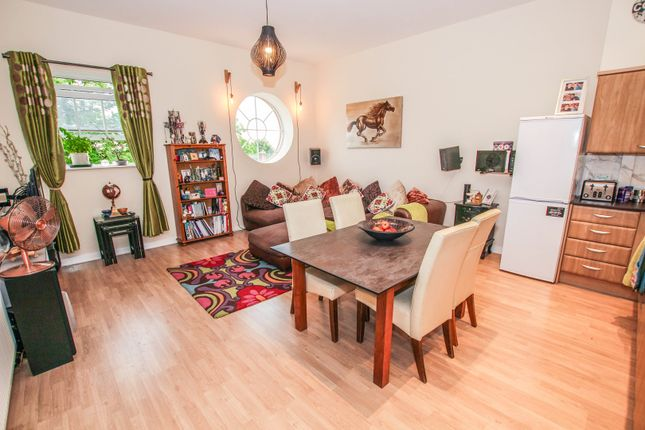 Thumbnail Flat for sale in 65 Beauvais Square, Shortstown