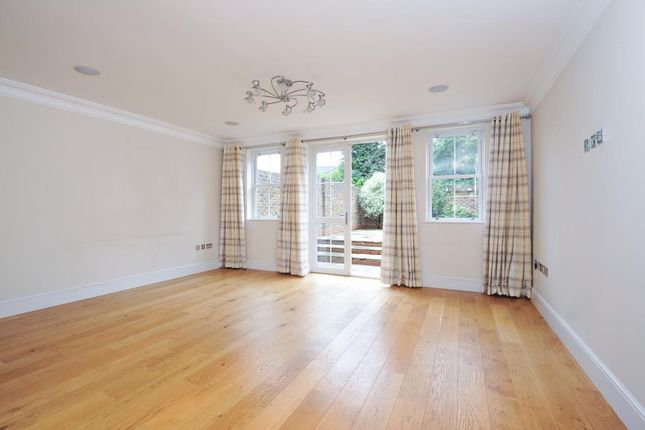 Thumbnail Town house to rent in Ealing, London