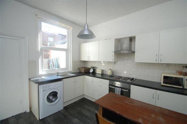 Thumbnail Terraced house to rent in Croft Street, Stalybridge, Cheshire