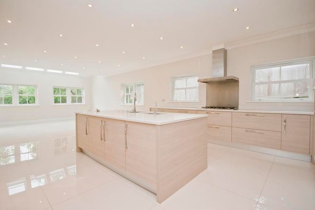 Thumbnail Detached house to rent in Upland Court, Batchworth Lane, Northwood
