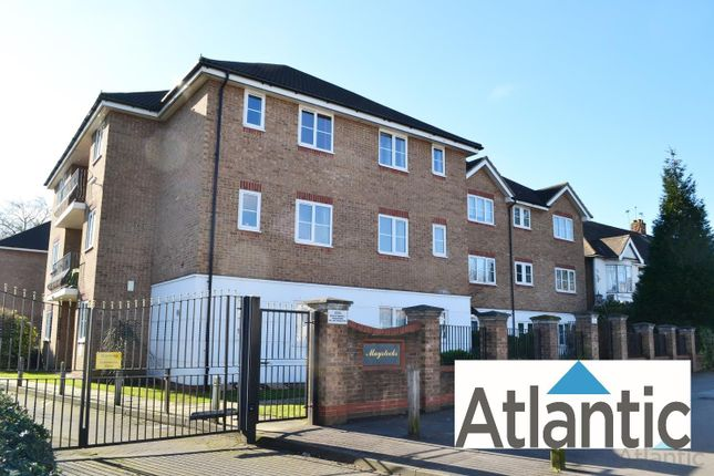 Thumbnail Flat to rent in 59 Chigwell Road, South Woodford