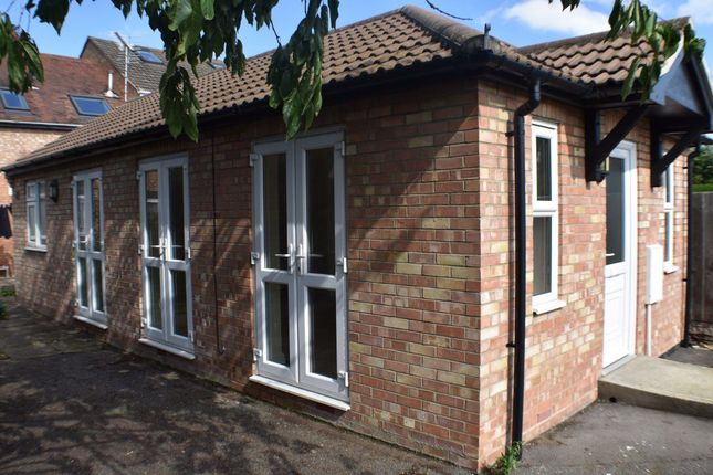 Thumbnail Bungalow to rent in Fulbridge Road, Dogsthorpe, Peterborough