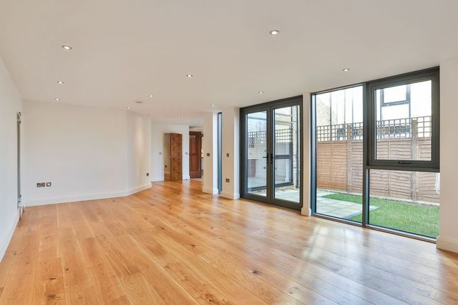 Thumbnail Terraced house for sale in Rushgrove Street, London
