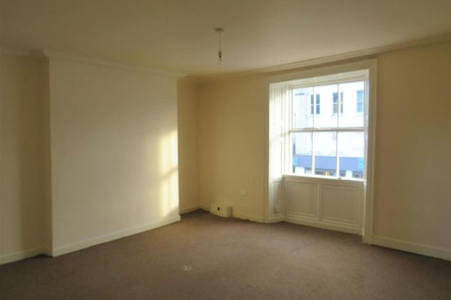 2 bed maisonette to rent in Main Street, Egremont CA22
