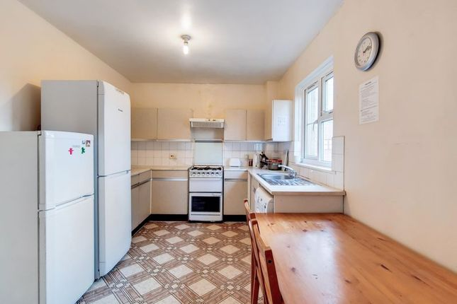 Thumbnail Flat for sale in Rothsay Walk, London