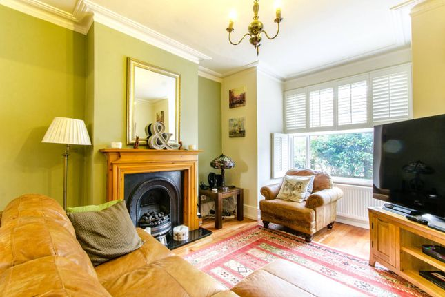 3 bed property for sale in Granville Road, Wood Green