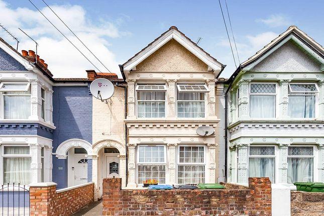 Thumbnail Terraced house for sale in Kensington Avenue, Watford, Hertfordshire