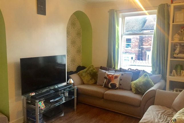 Thumbnail Flat for sale in Dysart Road, Grantham