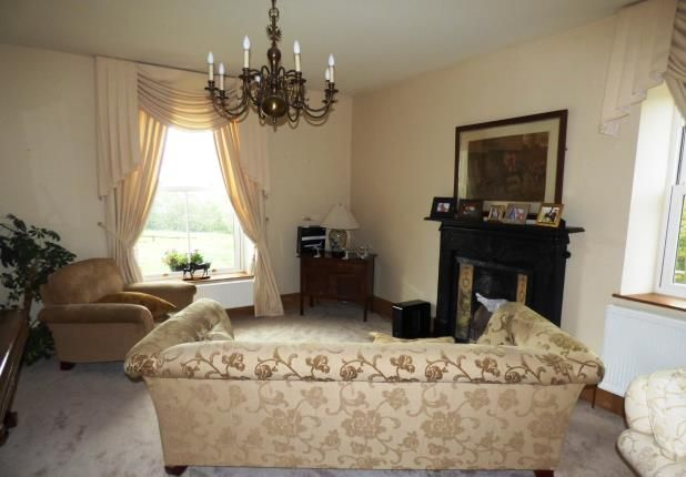 Family Room of Diglee Road, Furness Vale, High Peak, Derbyshire SK23