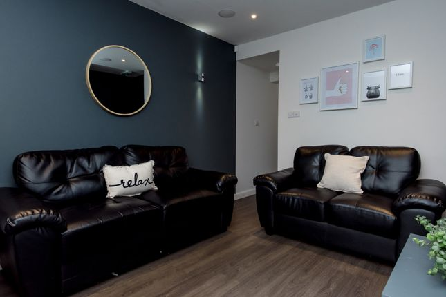 Thumbnail Shared accommodation to rent in Cauldon Road, Stoke-On-Trent