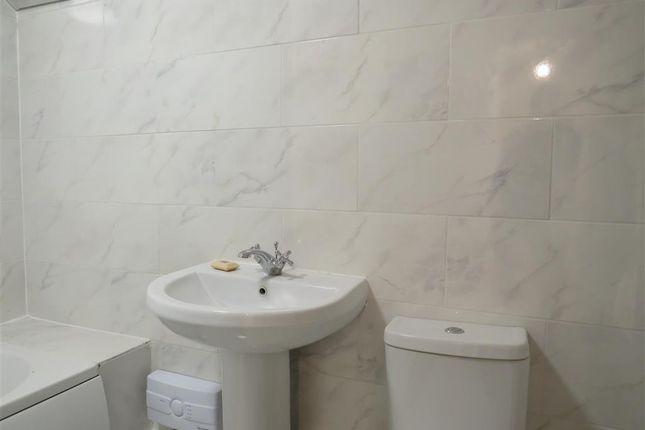 Bathroom of Commercial Street, Hereford HR1