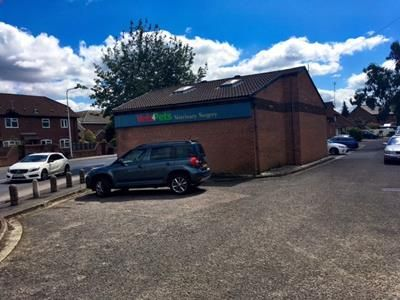 Thumbnail Retail premises to let in 3 Adlam Villas, 40 Greenham Road, Newbury, Berkshire
