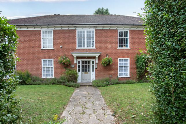 Picture No. 14 of Allison House, St. Andrews Road, Henley-On-Thames, Oxfordshire RG9