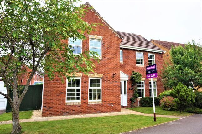 Thumbnail Detached house for sale in Bury Hill View, Downend